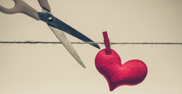 26270-heart-love-cutting-breaking-heartbreak.1200w.tn